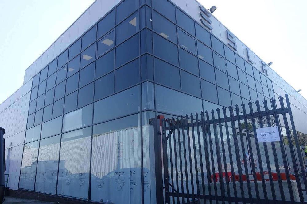 Curtain walling – Roller Shutter Repair London – ADV Contractors