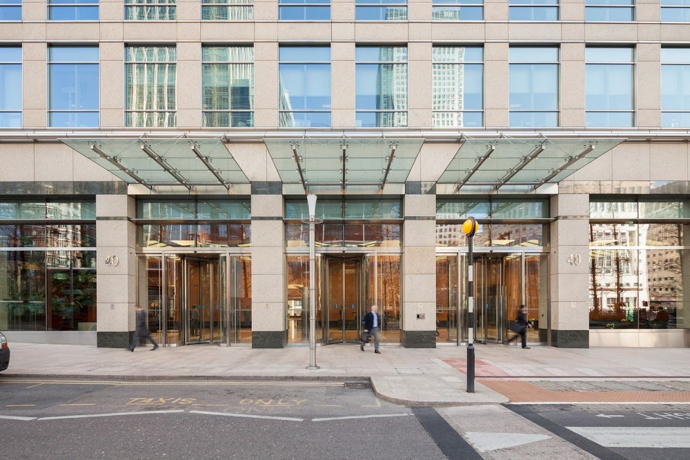 Law and Lawyers Solicitors – Canary Wharf