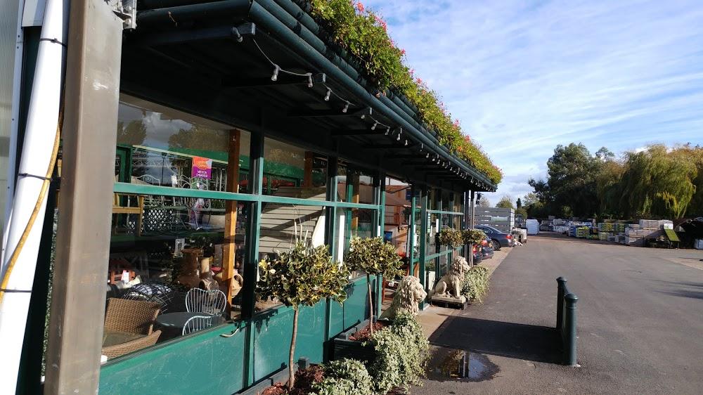 Adrian Hall Garden Centres – Feltham